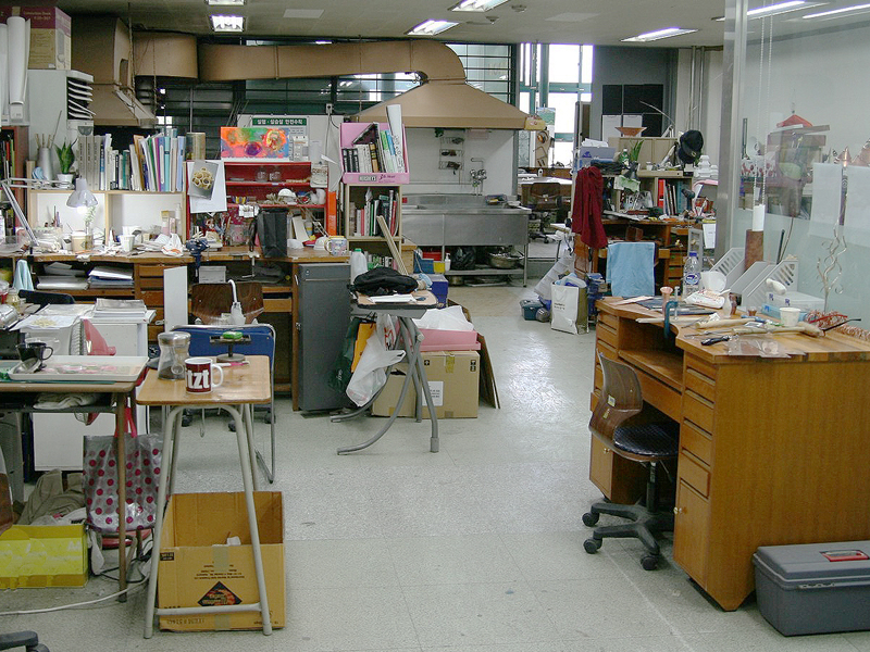 Graduate studio, photo courtesy of the metal and jewelry department at Kookmin University