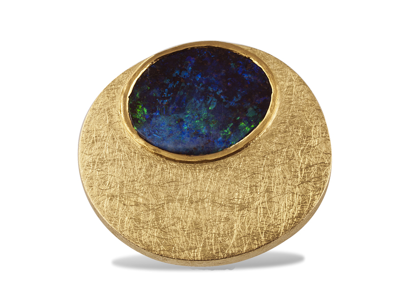 Enric Majoral, Ring, 2015, 18-karat gold, boulder opal, 25 x 35 x 31 mm, photo: Aaron Faber gallery