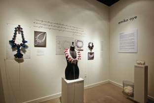 Curatorial Conundrums Exhibiting Contemporary Art Jewelry In A