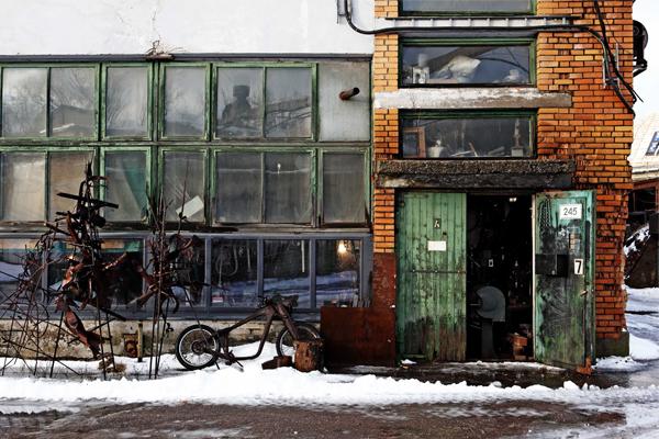 Exterior of Nils Hint's studio, Tallinn, Estonia, 2014, photo: Jun Ishikura